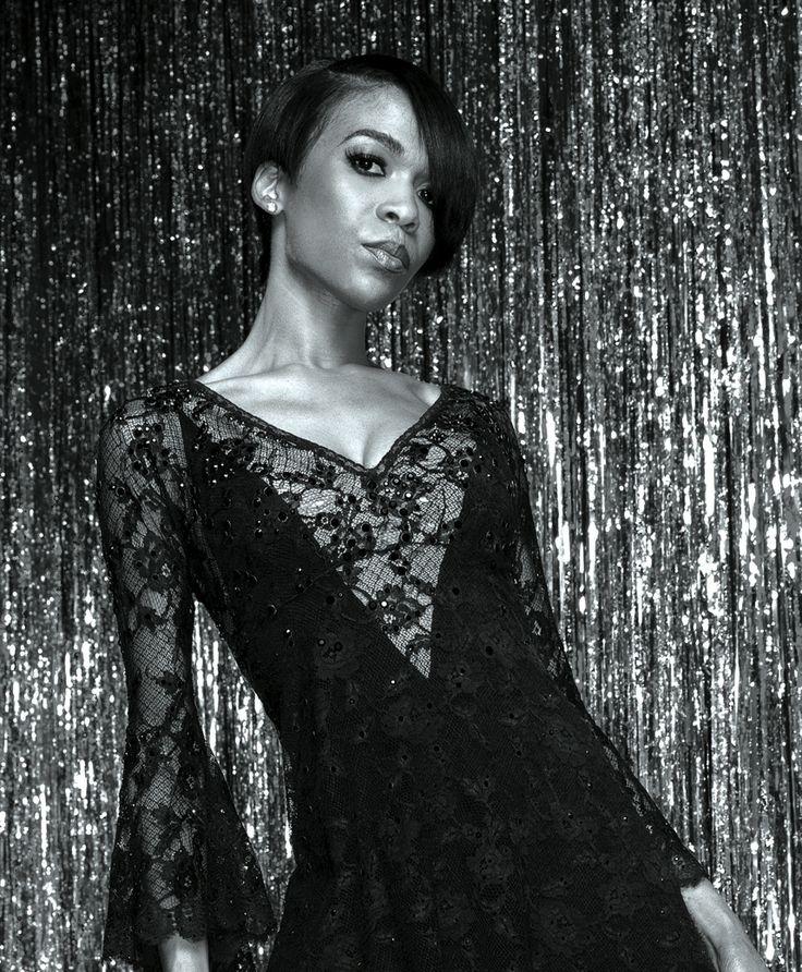 Michelle Williams as Roxie